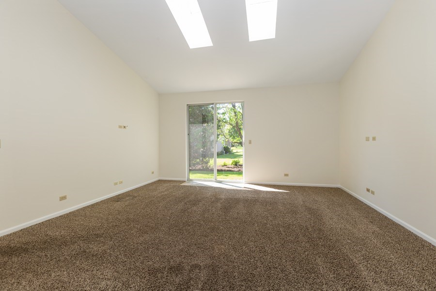 Real Estate Photography - 1395 Grandview Ct, Algonquin, IL, 60102 - Great Room