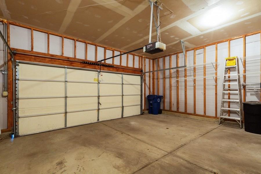 Real Estate Photography - 1395 Grandview Ct, Algonquin, IL, 60102 - Garage