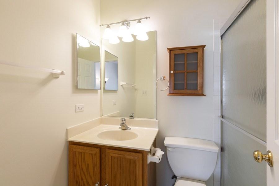Real Estate Photography - 1395 Grandview Ct, Algonquin, IL, 60102 - Bathroom