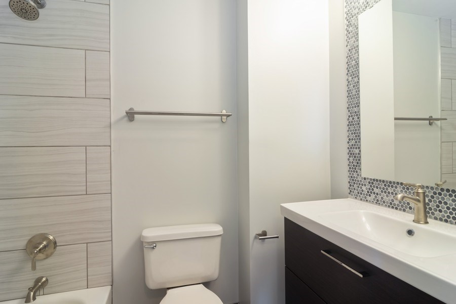 Real Estate Photography - 1328 Alpine Ct, Wheeling, IL, 60090 - Bathroom