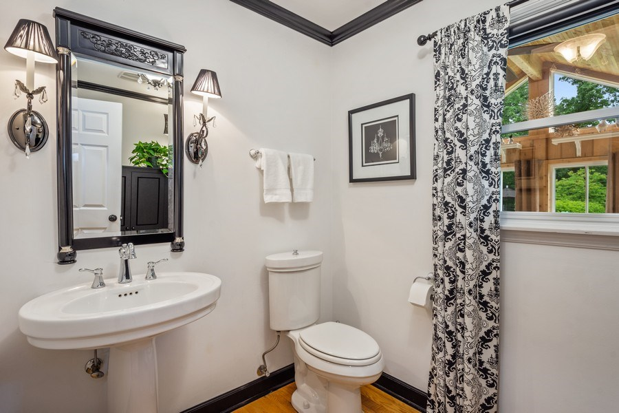 Real Estate Photography - 124 Vance Ct, Lake Barrington, IL, 60010 - Powder Room