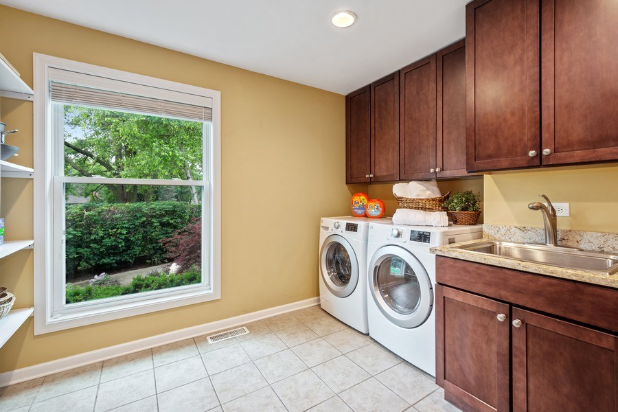 Real Estate Photography - 124 Vance Ct, Lake Barrington, IL, 60010 - Laundry Room