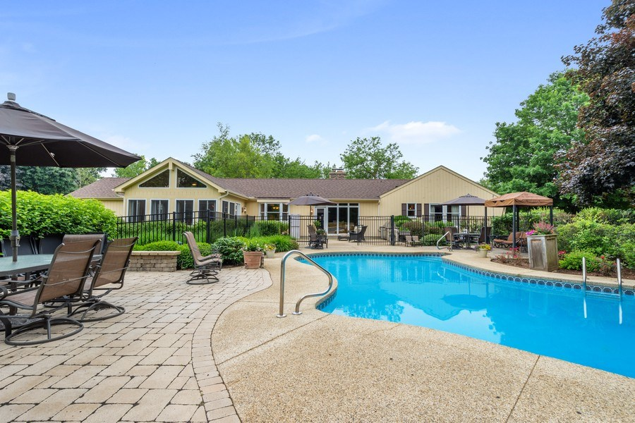 Real Estate Photography - 124 Vance Ct, Lake Barrington, IL, 60010 - Rear View