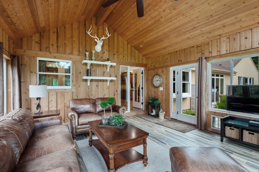 Real Estate Photography - 124 Vance Ct, Lake Barrington, IL, 60010 - Screened Porch