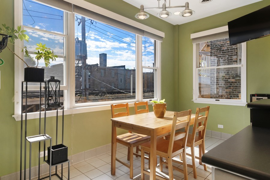 Real Estate Photography - 3519 N Sheffield, Unit 2S, Chicago, IL, 60657 - Breakfast Area