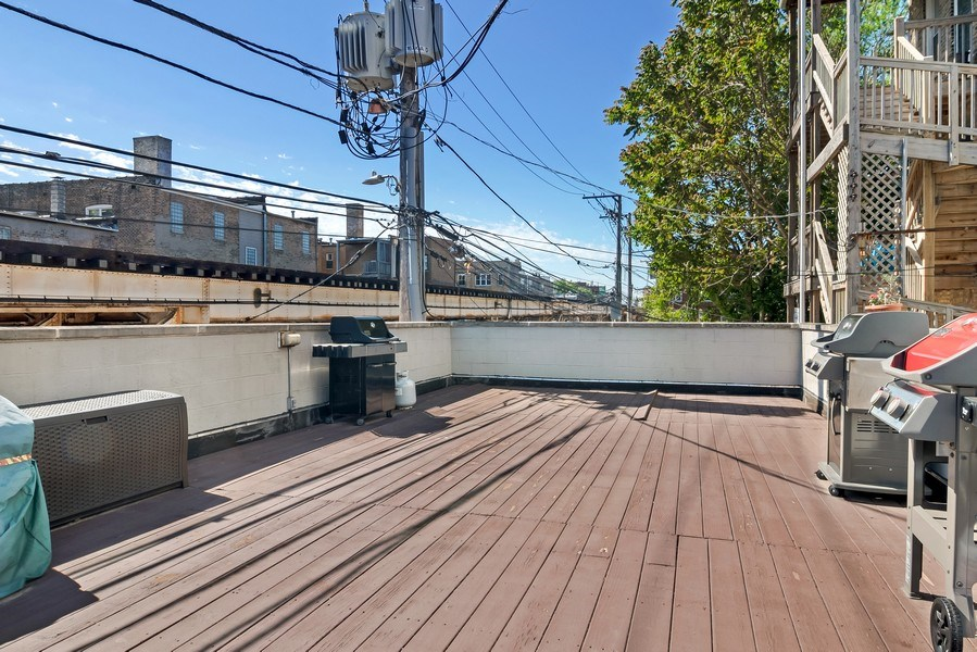 Real Estate Photography - 3519 N Sheffield, Unit 2S, Chicago, IL, 60657 - Deck