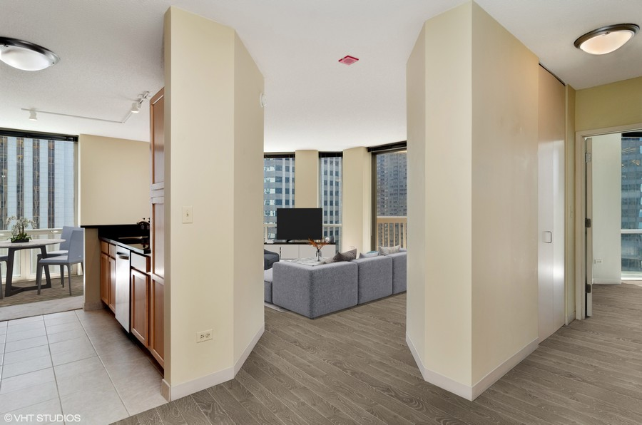 Real Estate Photography - 222 N Columbus Dr, 1902, Chicago, IL, 60601 -