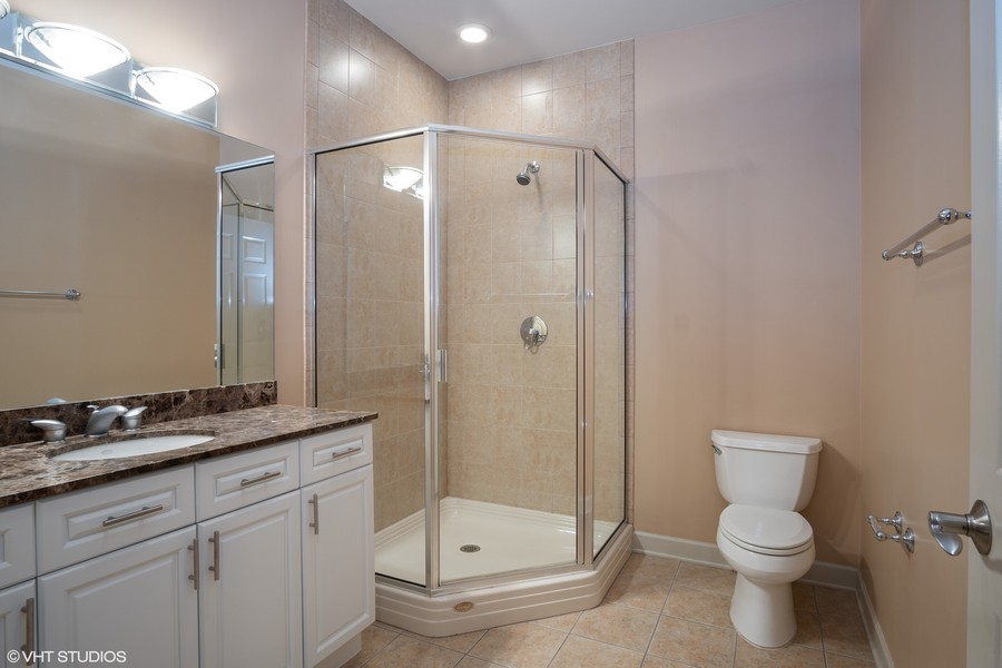 Real Estate Photography - 464 W Superior, Chicago, IL, 60654 - 3rd Bathroom