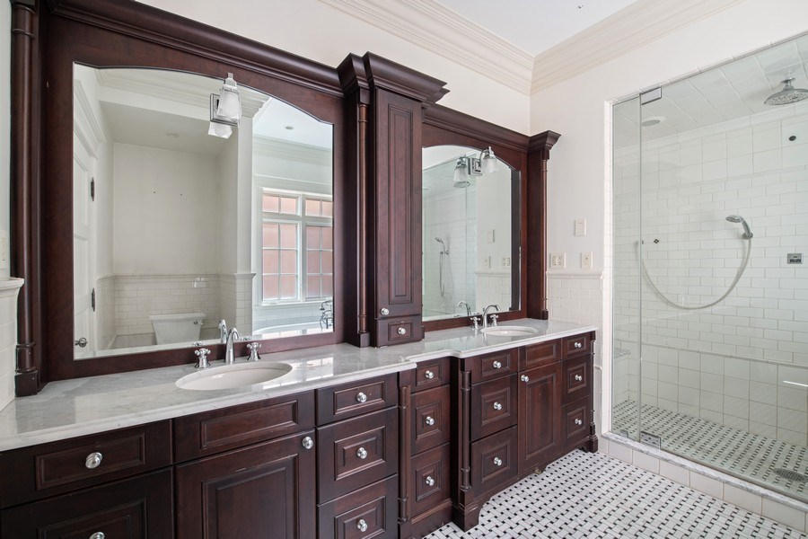 Real Estate Photography - 3926 N Greenview Ave, Chicago, IL, 60613 - Master Bathroom