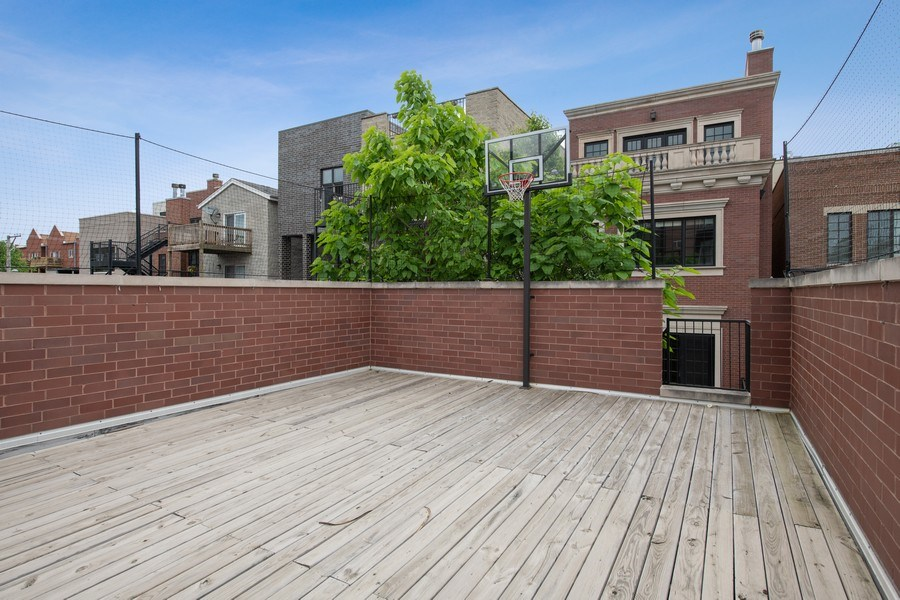 Real Estate Photography - 3926 N Greenview Ave, Chicago, IL, 60613 - Roof Deck