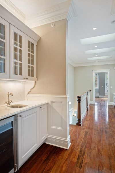 Real Estate Photography - 3926 N Greenview Ave, Chicago, IL, 60613 - Wet Bar