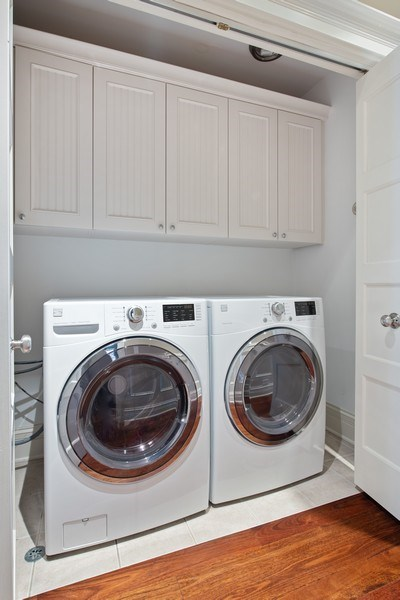 Real Estate Photography - 3926 N Greenview Ave, Chicago, IL, 60613 - Laundry Room