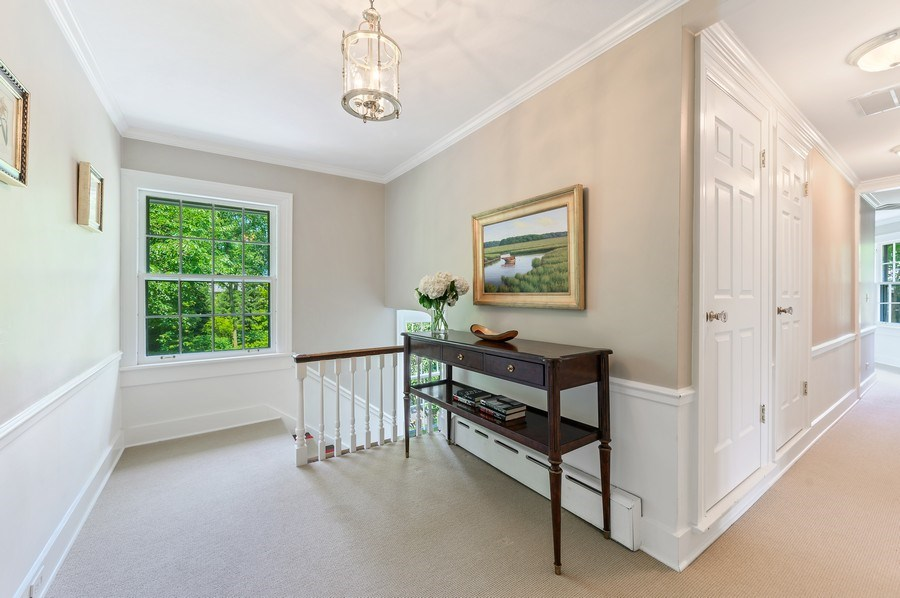 Real Estate Photography - 44 Indian Hill Rd, Winnetka, IL, 60093 - 2nd Floor Corridor