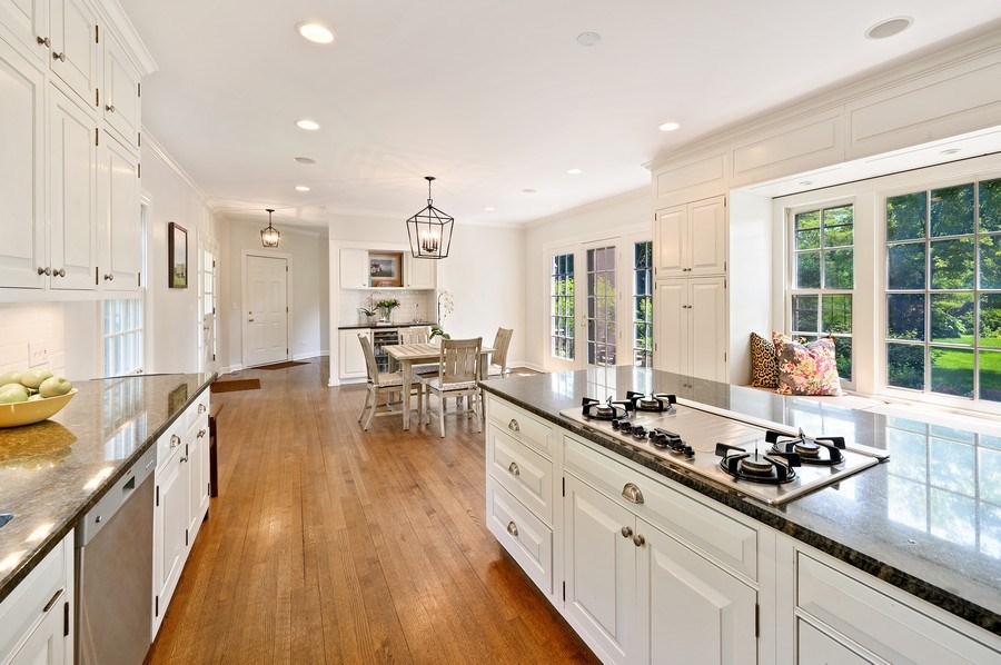 Real Estate Photography - 44 Indian Hill Rd, Winnetka, IL, 60093 - Kitchen