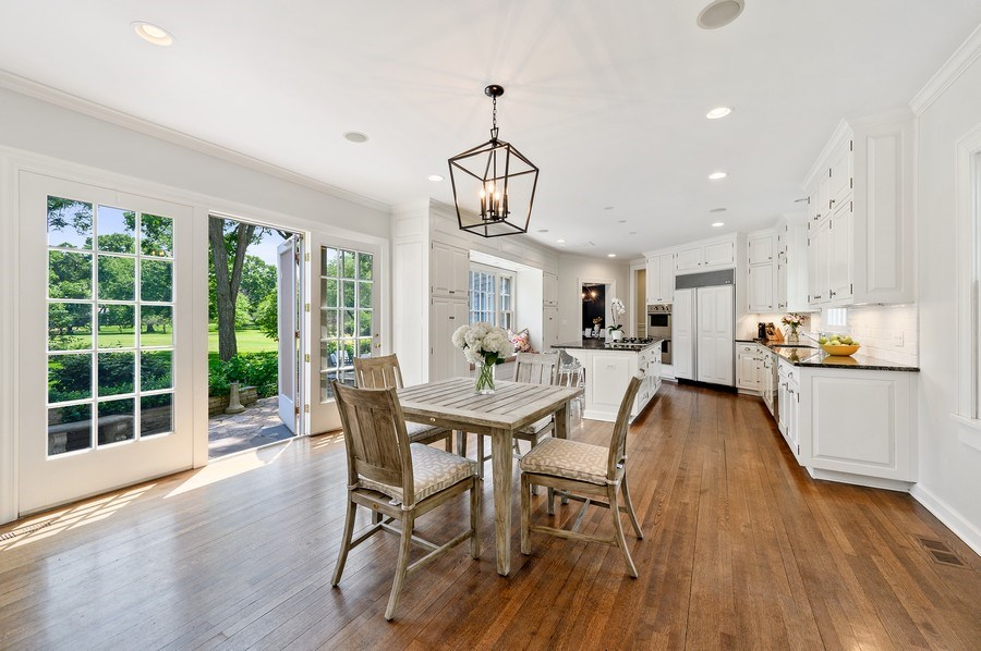 Real Estate Photography - 44 Indian Hill Rd, Winnetka, IL, 60093 - Kitchen / Breakfast Room