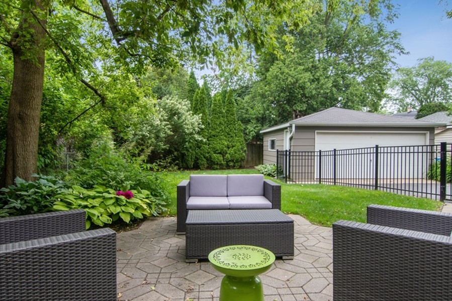 Real Estate Photography - 2326 Greenwood, Wilmette, IL, 60091 - Patio