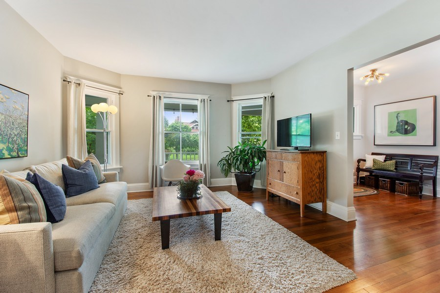 Real Estate Photography - 249 W Lake St, Barrington, IL, 60010 - Living Room