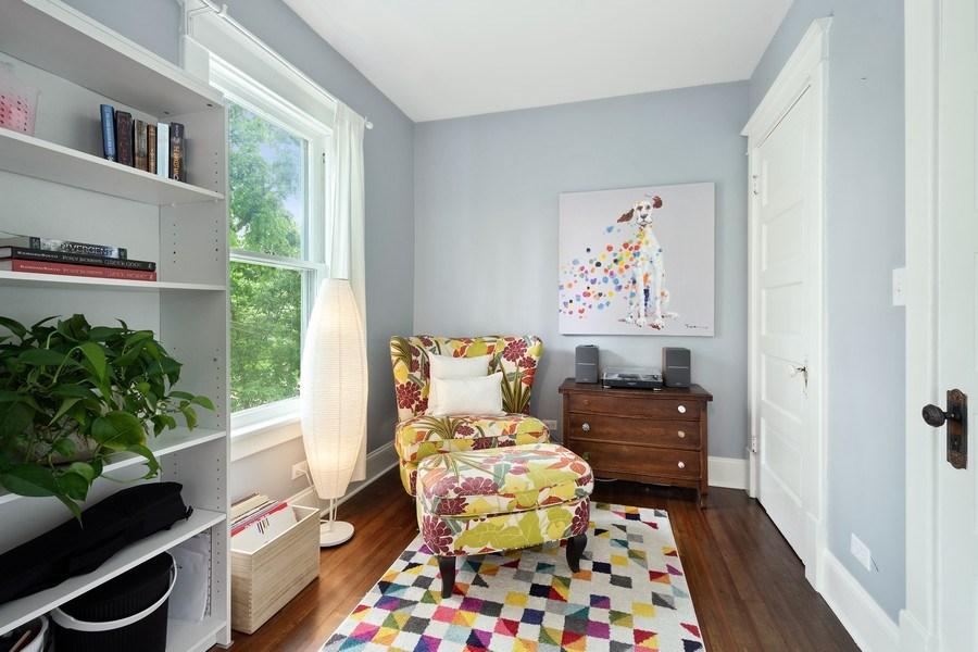 Real Estate Photography - 249 W Lake St, Barrington, IL, 60010 - Sitting Room