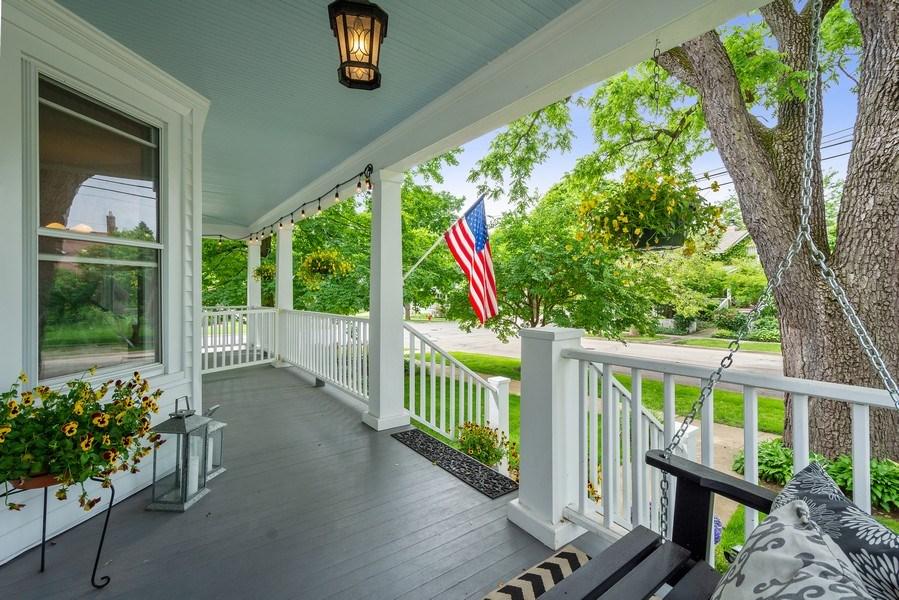Real Estate Photography - 249 W Lake St, Barrington, IL, 60010 - Front Porch
