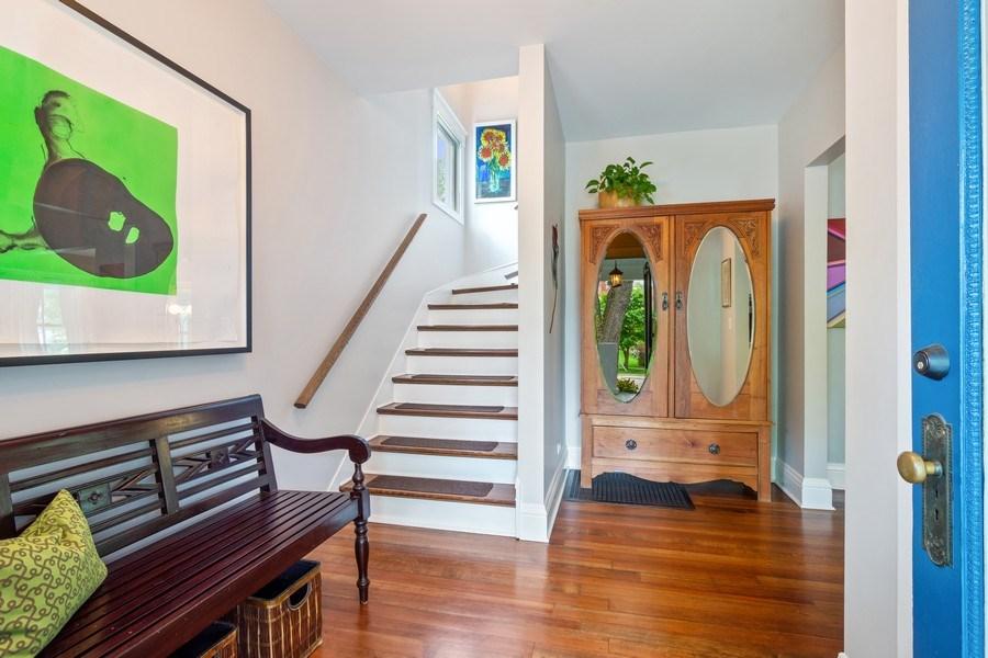 Real Estate Photography - 249 W Lake St, Barrington, IL, 60010 - Foyer