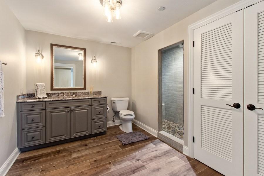 Real Estate Photography - 28317 Gray Barn Ln, Lake Barrington, IL, 60010 - 5th Bathroom