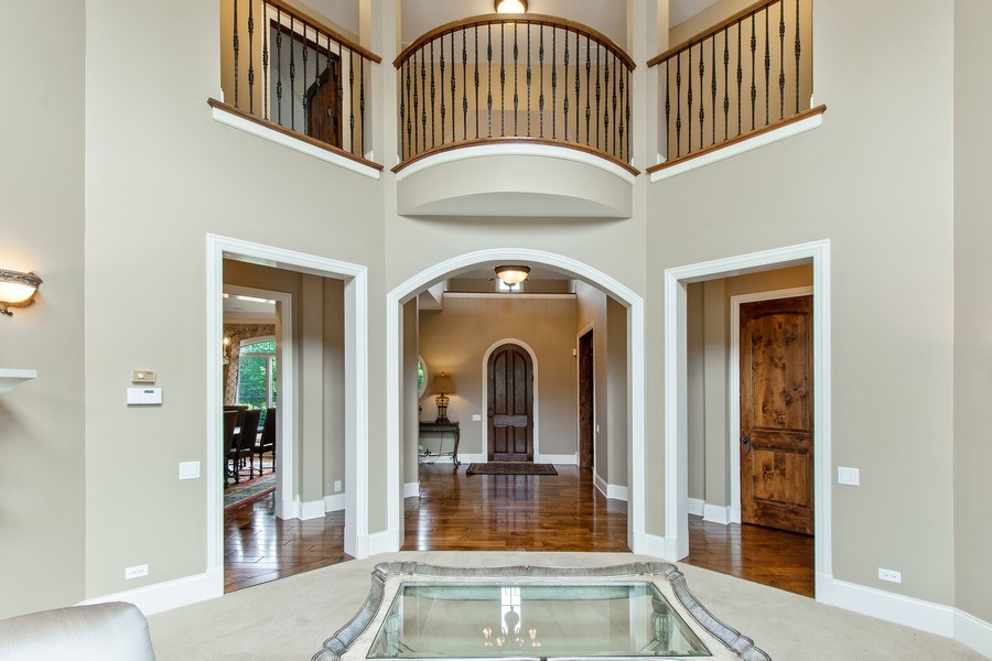 Real Estate Photography - 28317 Gray Barn Ln, Lake Barrington, IL, 60010 - Living Room