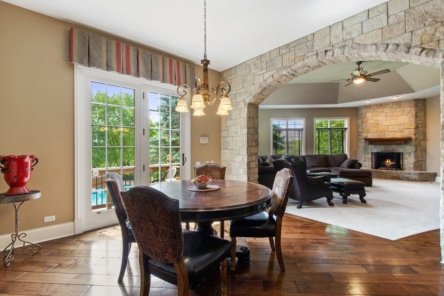 Real Estate Photography - 28317 Gray Barn Ln, Lake Barrington, IL, 60010 - Breakfast Area