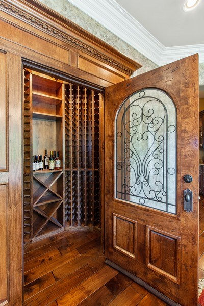 Real Estate Photography - 28317 Gray Barn Ln, Lake Barrington, IL, 60010 - Dining Room
