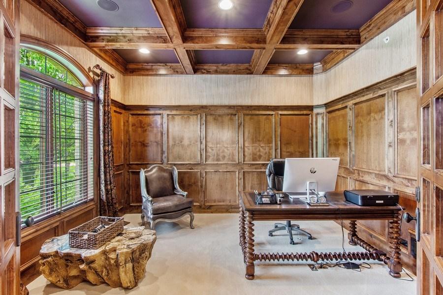 Real Estate Photography - 28317 Gray Barn Ln, Lake Barrington, IL, 60010 - Office