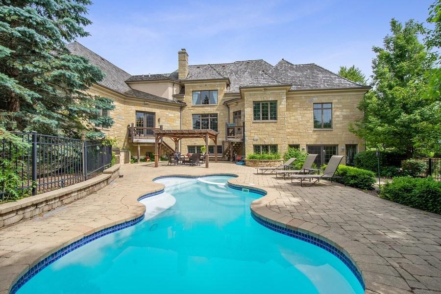 Real Estate Photography - 28317 Gray Barn Ln, Lake Barrington, IL, 60010 - Rear View
