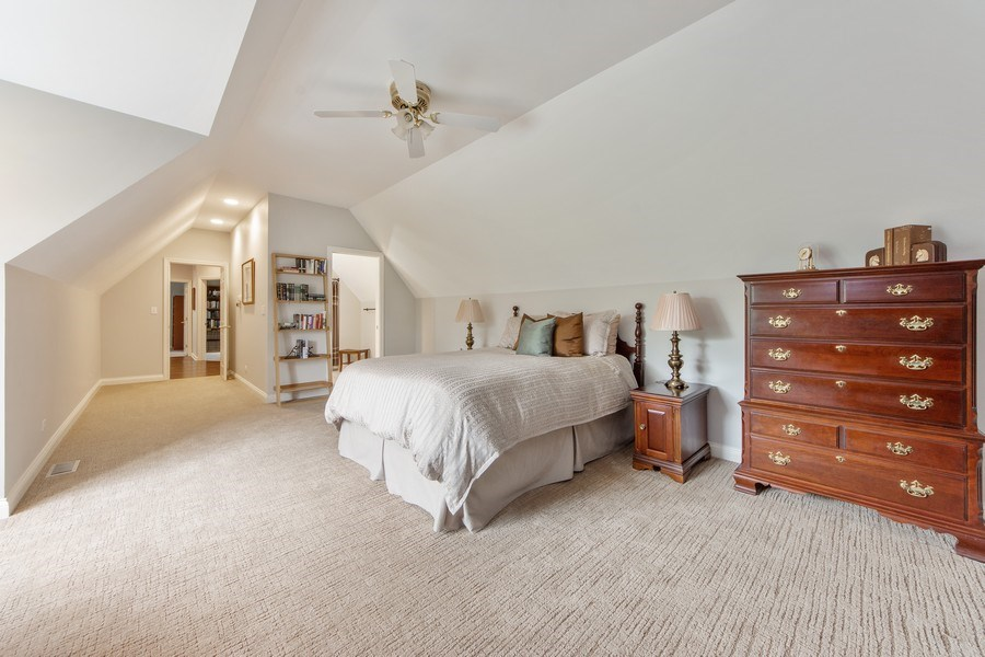 Real Estate Photography - 26026 N Middleton Pkwy, Mundelein, IL, 60060 - 2nd Bedroom