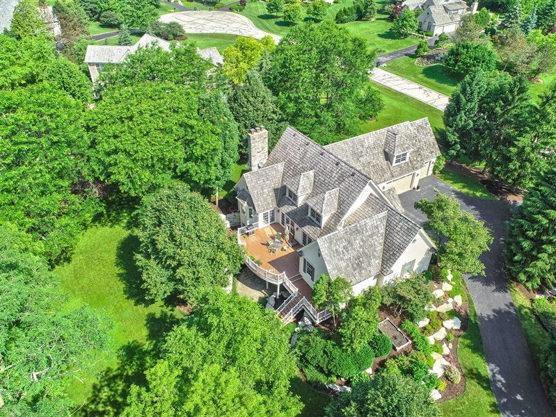 Real Estate Photography - 26026 N Middleton Pkwy, Mundelein, IL, 60060 - Aerial View