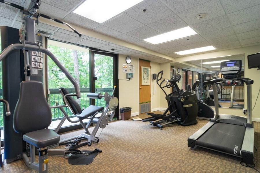 Real Estate Photography - 1840 Huntington Blvd., 409, Hoffman Estates, IL, 60169 - Exercise Room