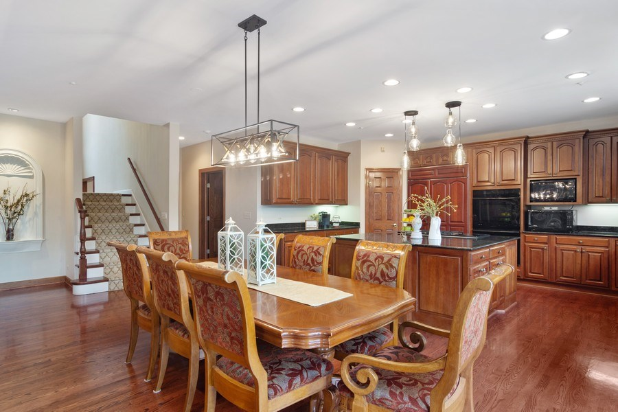 Real Estate Photography - 6231 Pine Tree Ct., Long Grove, IL, 60047 - Kitchen / Breakfast Room