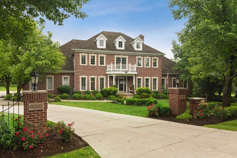 Real Estate Photography - 6231 Pine Tree Ct., Long Grove, IL, 60047 - Front View