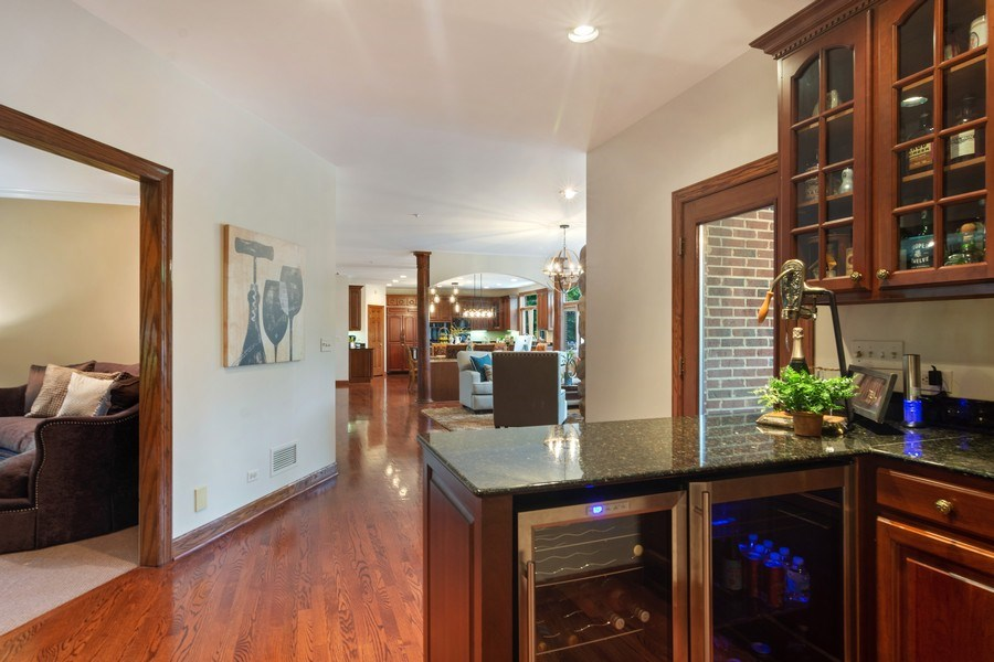 Real Estate Photography - 6231 Pine Tree Ct., Long Grove, IL, 60047 - Bar