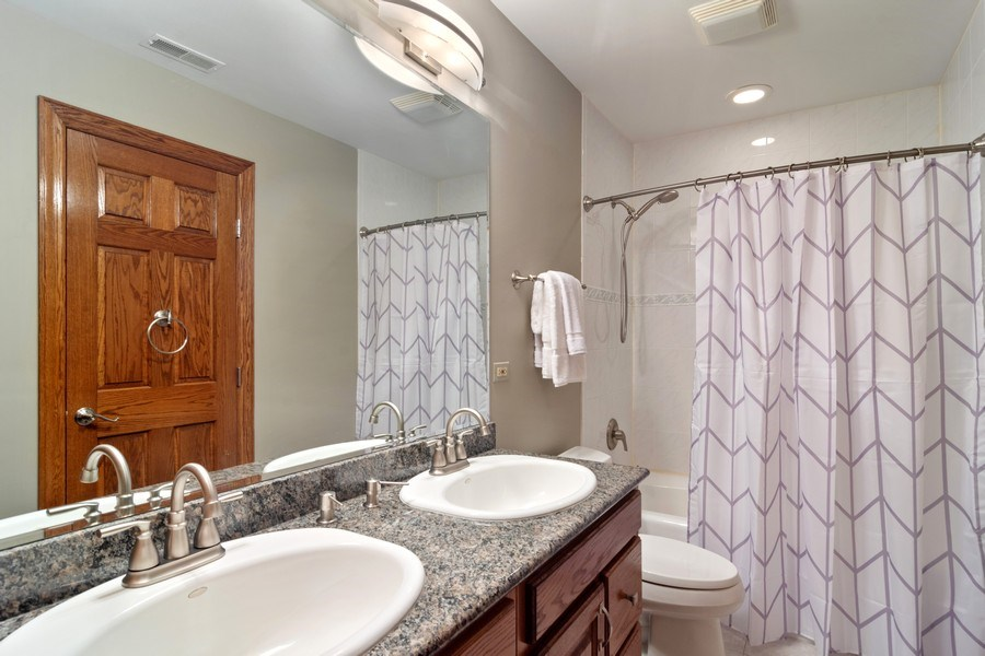 Real Estate Photography - 6231 Pine Tree Ct., Long Grove, IL, 60047 - Bathroom