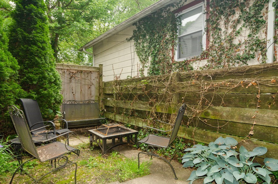 Real Estate Photography - 2022 colfax, evanston, IL, 60201 - Back Yard