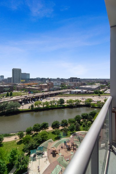 Real Estate Photography - 510 W Erie, #1301, Chicago, IL, 60654 - View