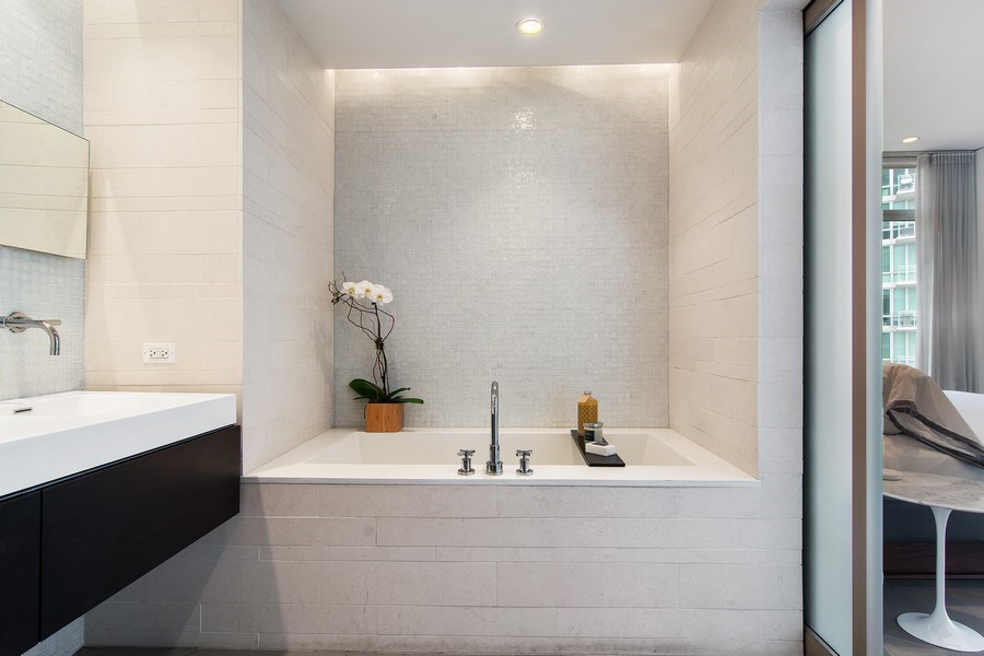 Real Estate Photography - 510 W Erie, #1301, Chicago, IL, 60654 - Master Bathroom