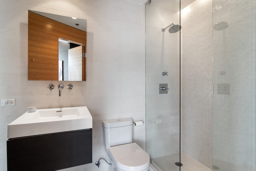 Real Estate Photography - 510 W Erie, #1301, Chicago, IL, 60654 - Bathroom