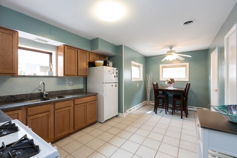 Real Estate Photography - 4027 N. Kilbourn Ave., Chicago, IL, 60641 - Kitchen