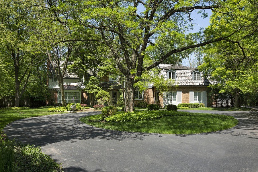 Real Estate Photography - 46 Bridlewood Lane, Northbrook, IL, 60062 - Front View