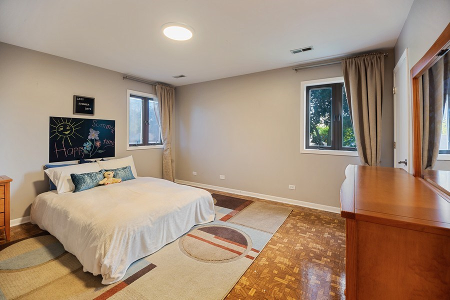 Real Estate Photography - 2055 Sherwin Ave, Des Plains, IL, 60018 - Bedroom