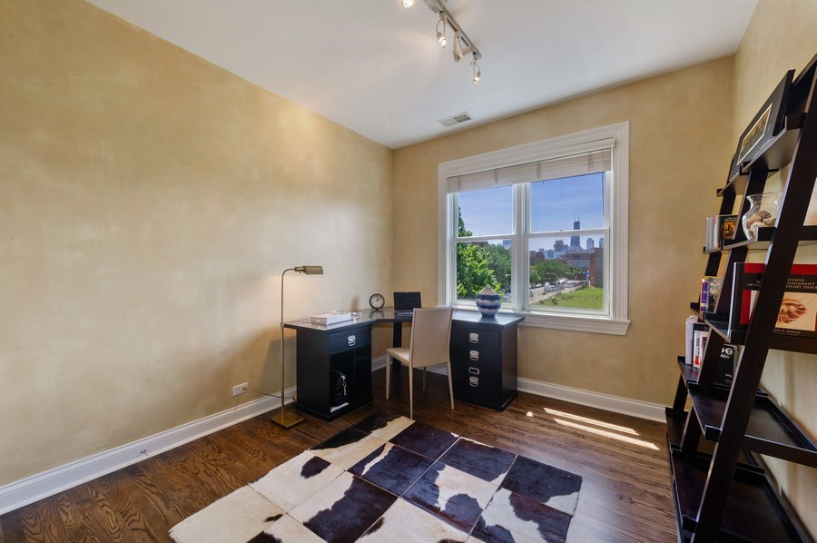 Real Estate Photography - 1368 N. Mohawk St., #3S, Chicago, IL, 60610 - 3rd Bedroom