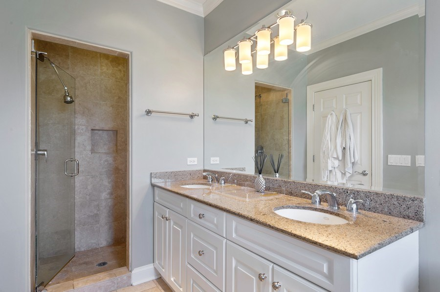 Real Estate Photography - 1368 N. Mohawk St., #3S, Chicago, IL, 60610 - Master Bathroom