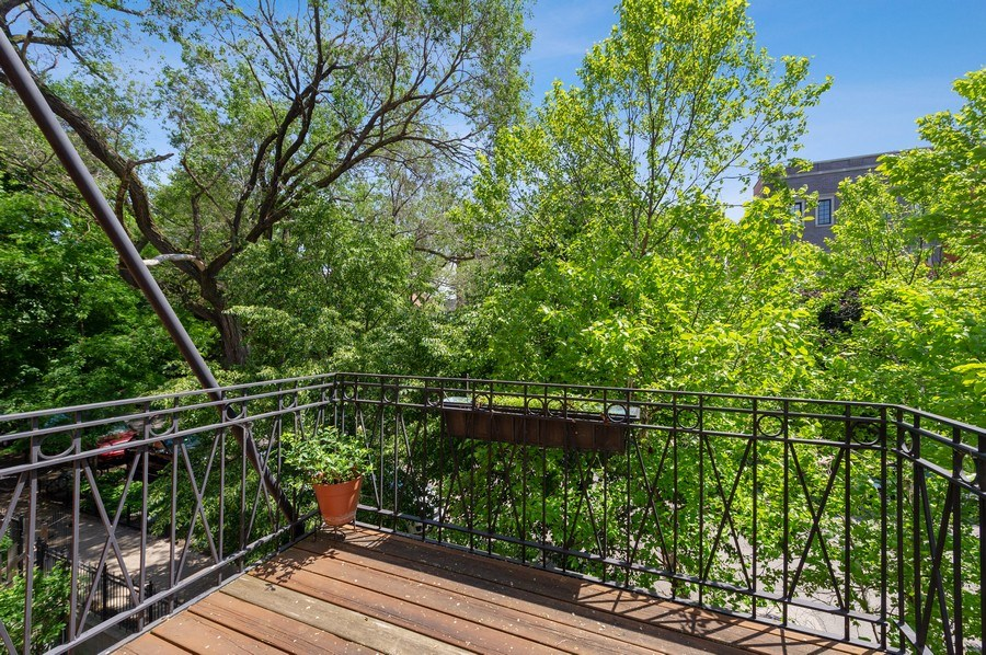 Real Estate Photography - 1368 N. Mohawk St., #3S, Chicago, IL, 60610 - Balcony