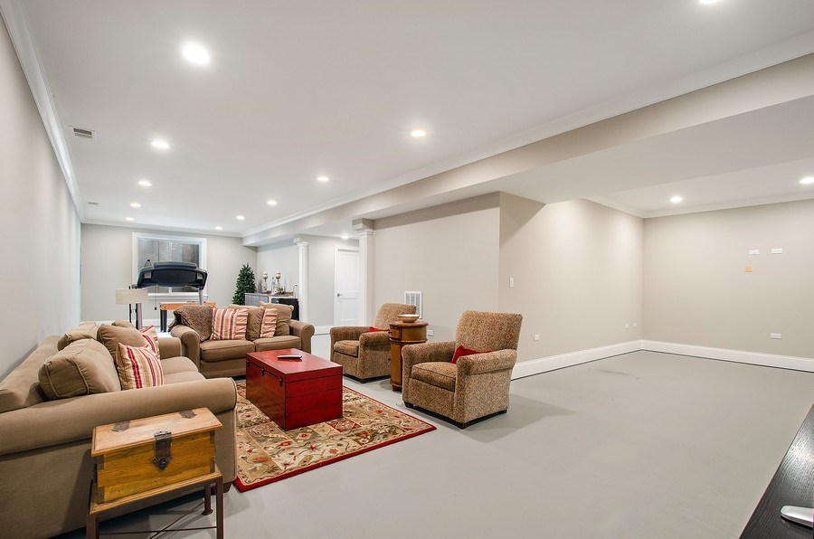 Real Estate Photography - 7052 Palma Ln, Morton Grove, IL, 60053 - Recreational Room
