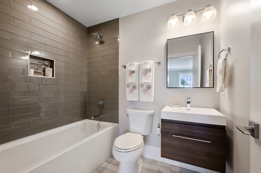Real Estate Photography - 7052 Palma Ln, Morton Grove, IL, 60053 - 2nd Bathroom