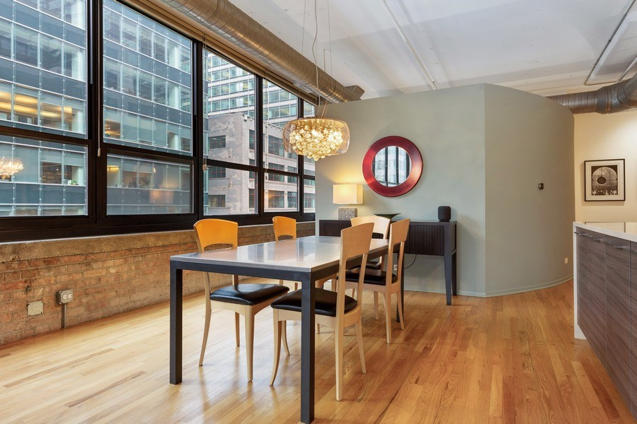 Real Estate Photography - 130 S Canal St, Unit 403, Chicago, IL, 60606 - Dining Room
